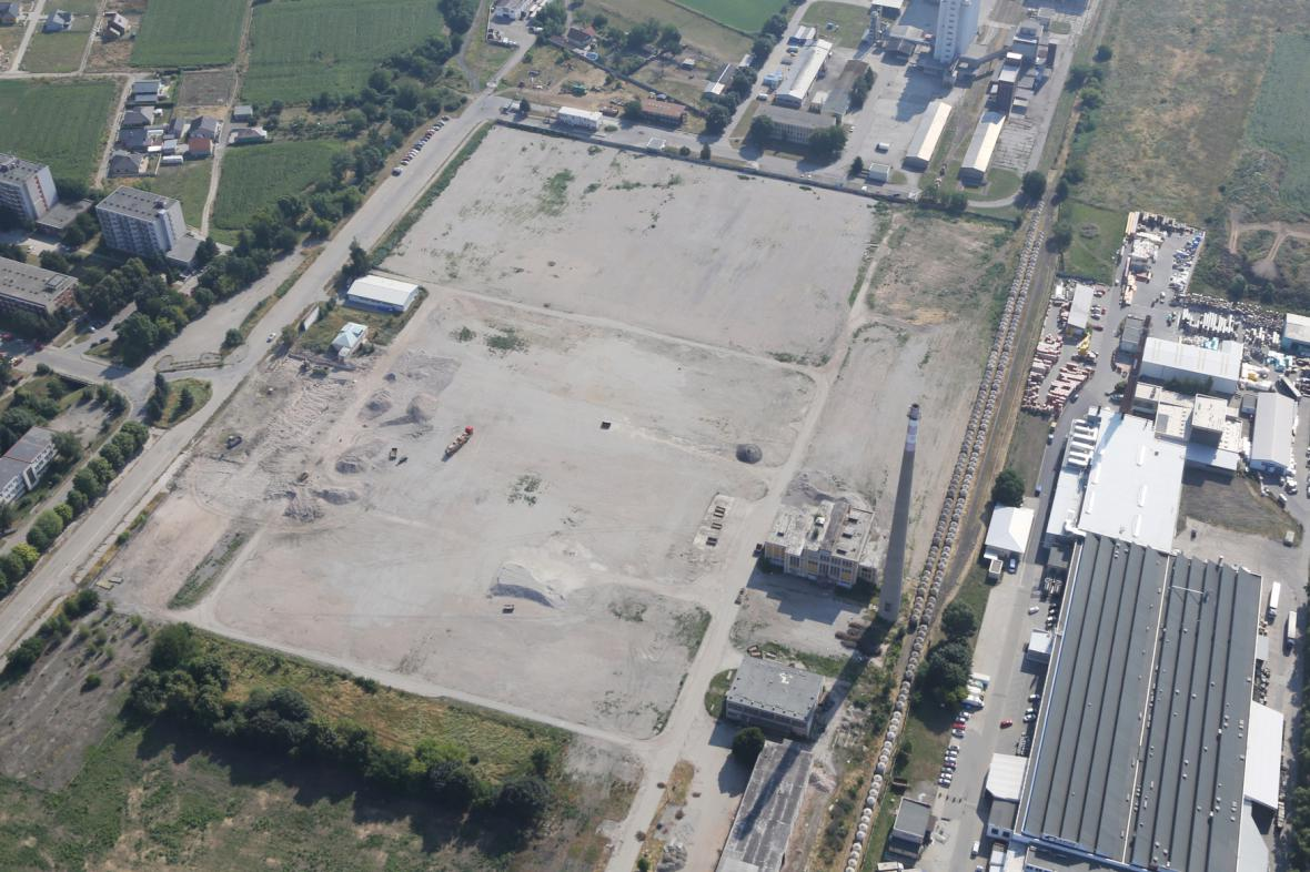 Areál OP Prostějov po demolici hal