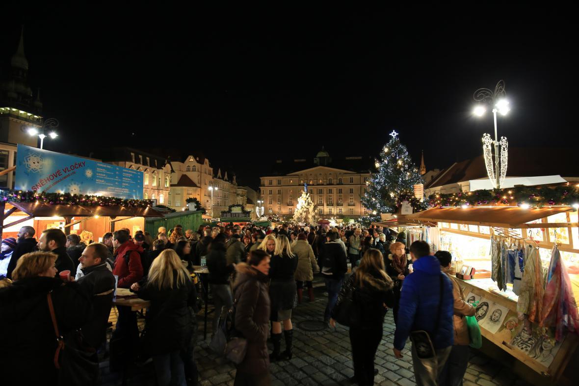 Kontroly vánočních trhů teprve začínají