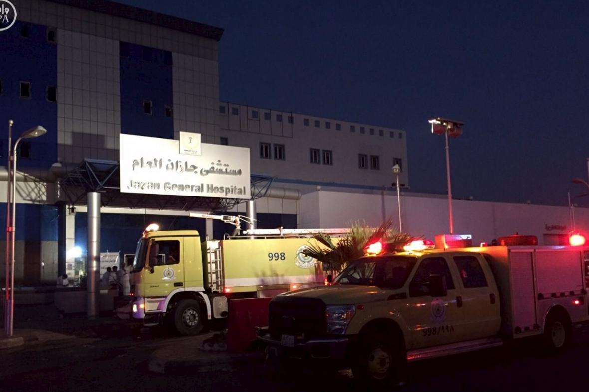 Záchranné složky u požáru v saúdskoarabské nemocnici