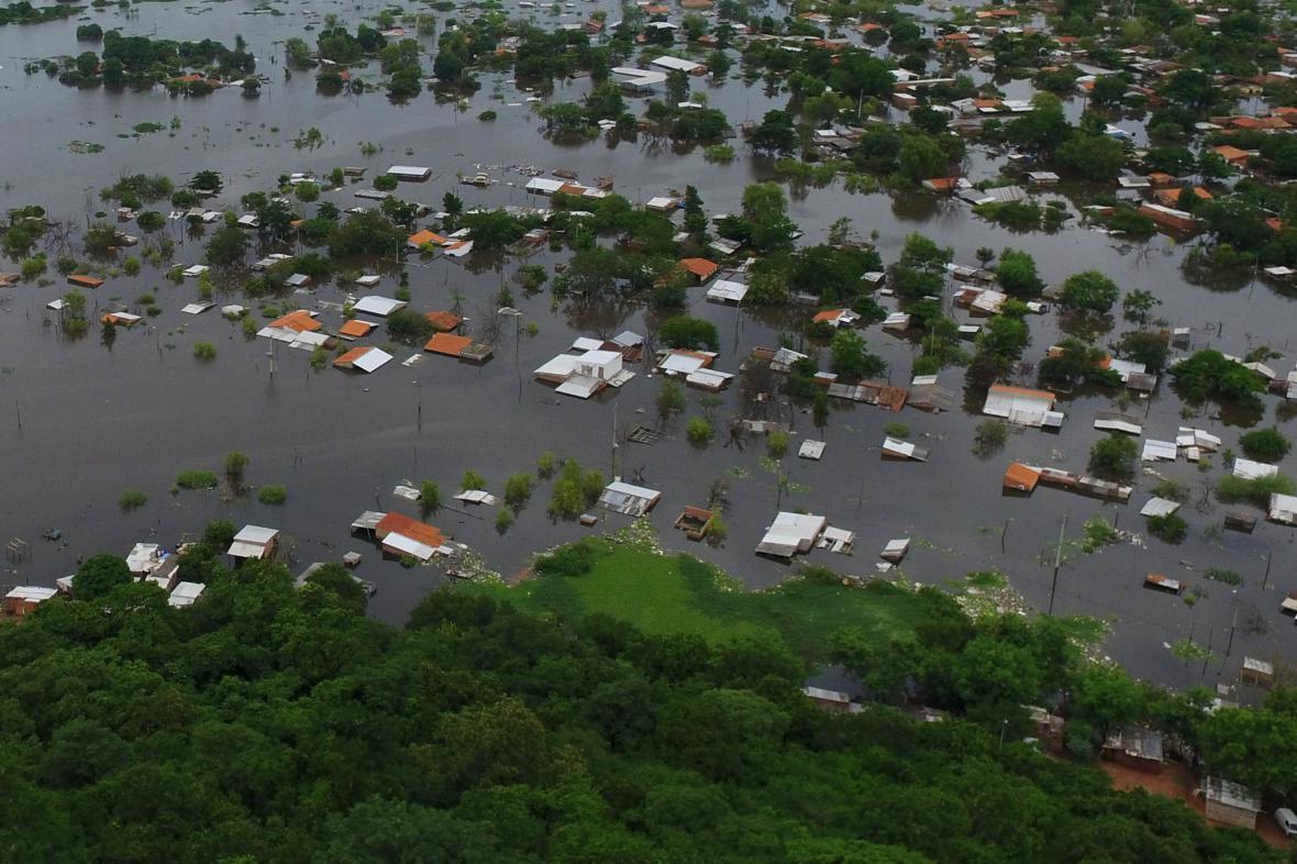 Hlavní město Paraguaye, Asunción, pod vodou