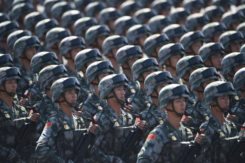 Příslušníci ČLOA při vojenské přehlídce