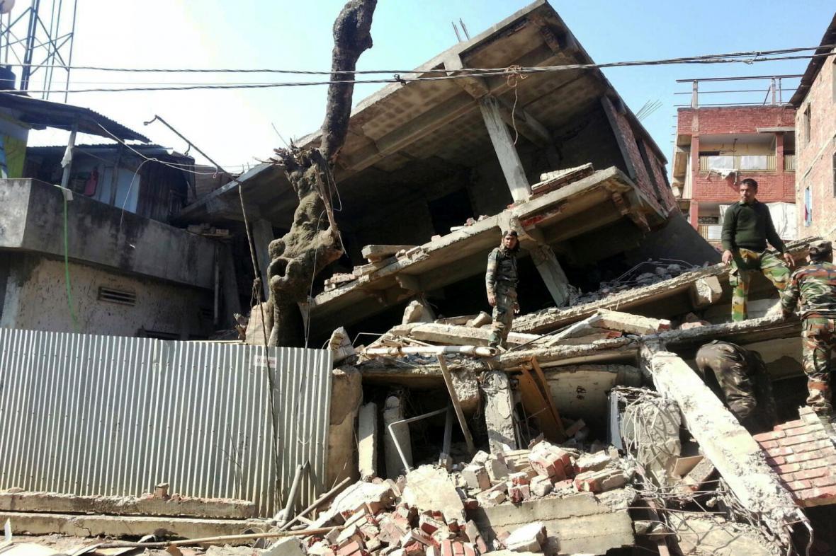 Zemětřesení na indicko-barmském pohraničí