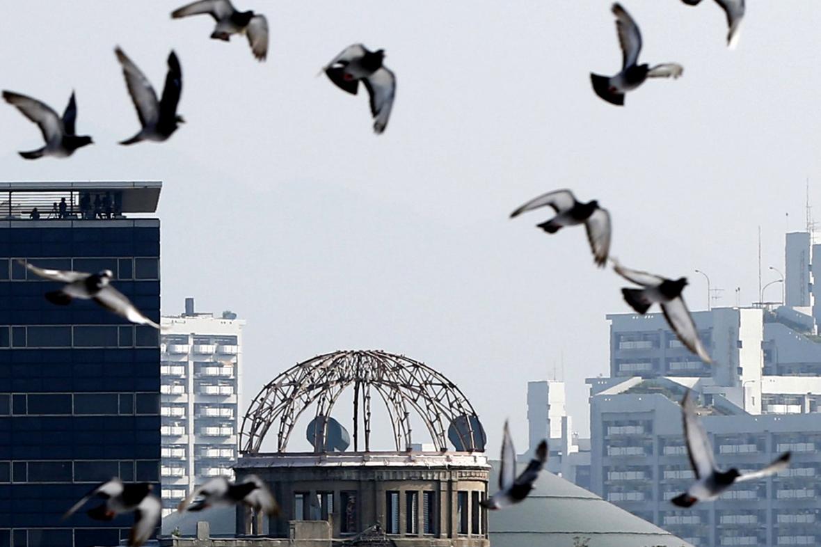 Vypuštění holubic nad Hirošimou