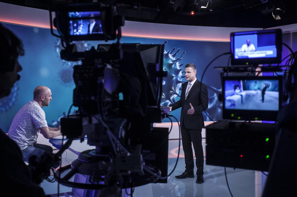 Studio 6 a pořad Devadesátka