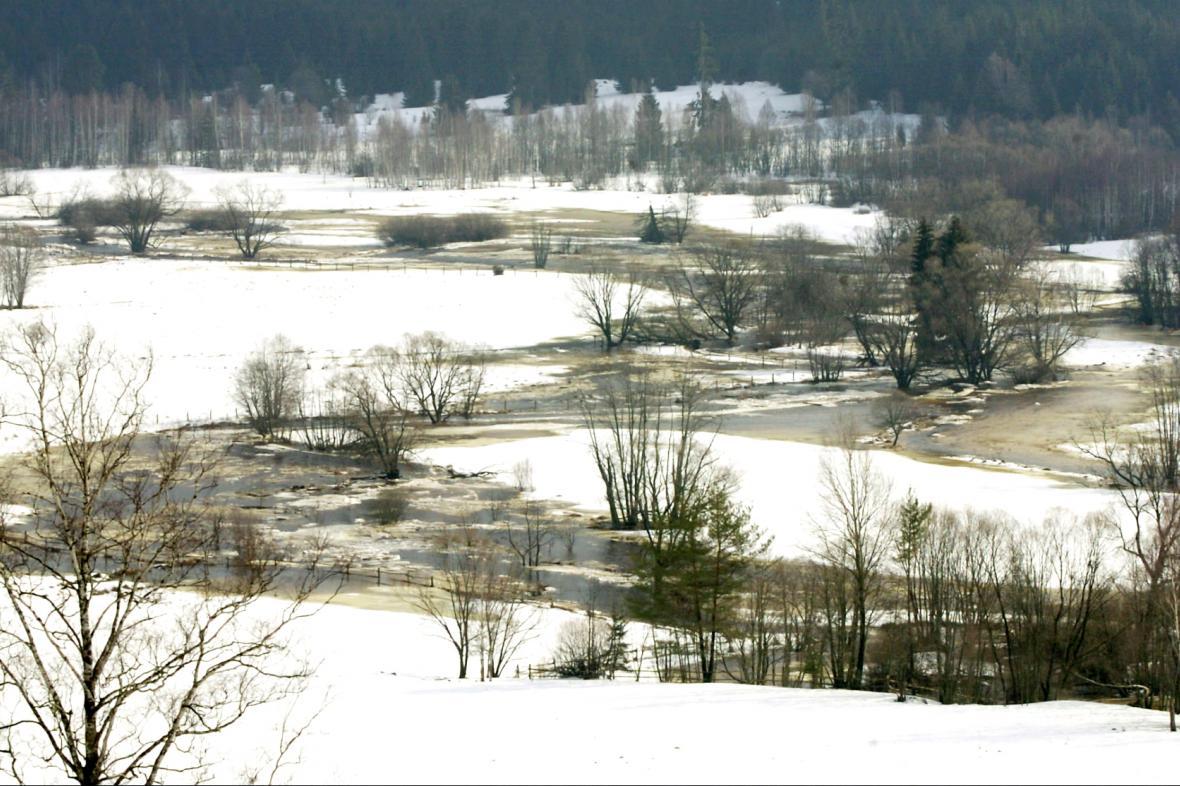 Zvýšená hladina Vltavy na Prachaticku