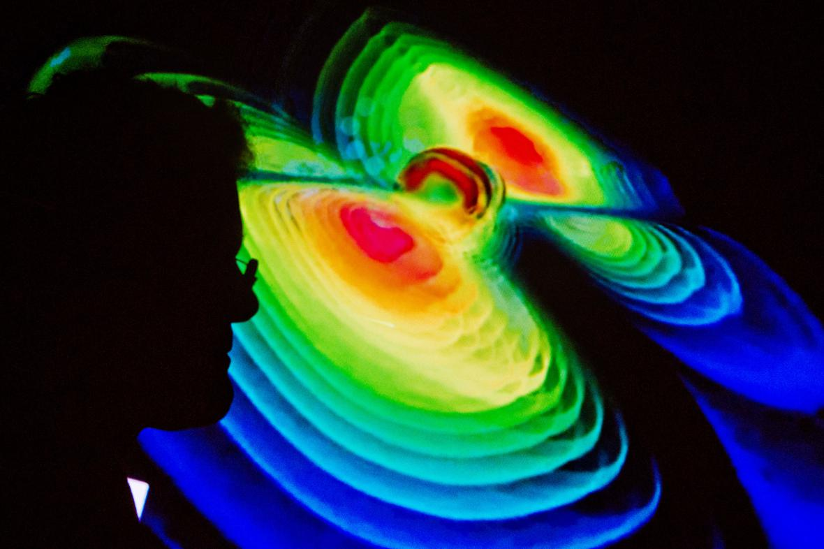 Američtí vědci zachytili gravitační vlny