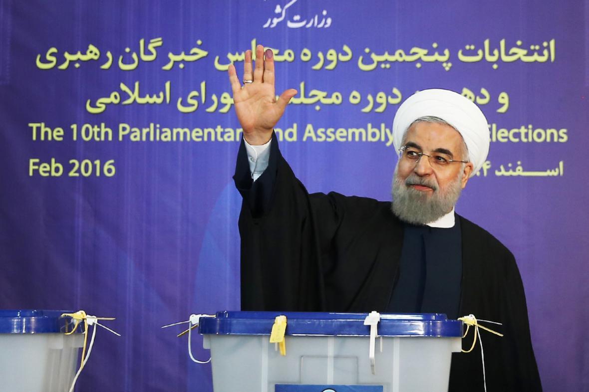 Íránský prezident Hassan Rouhání u voleb