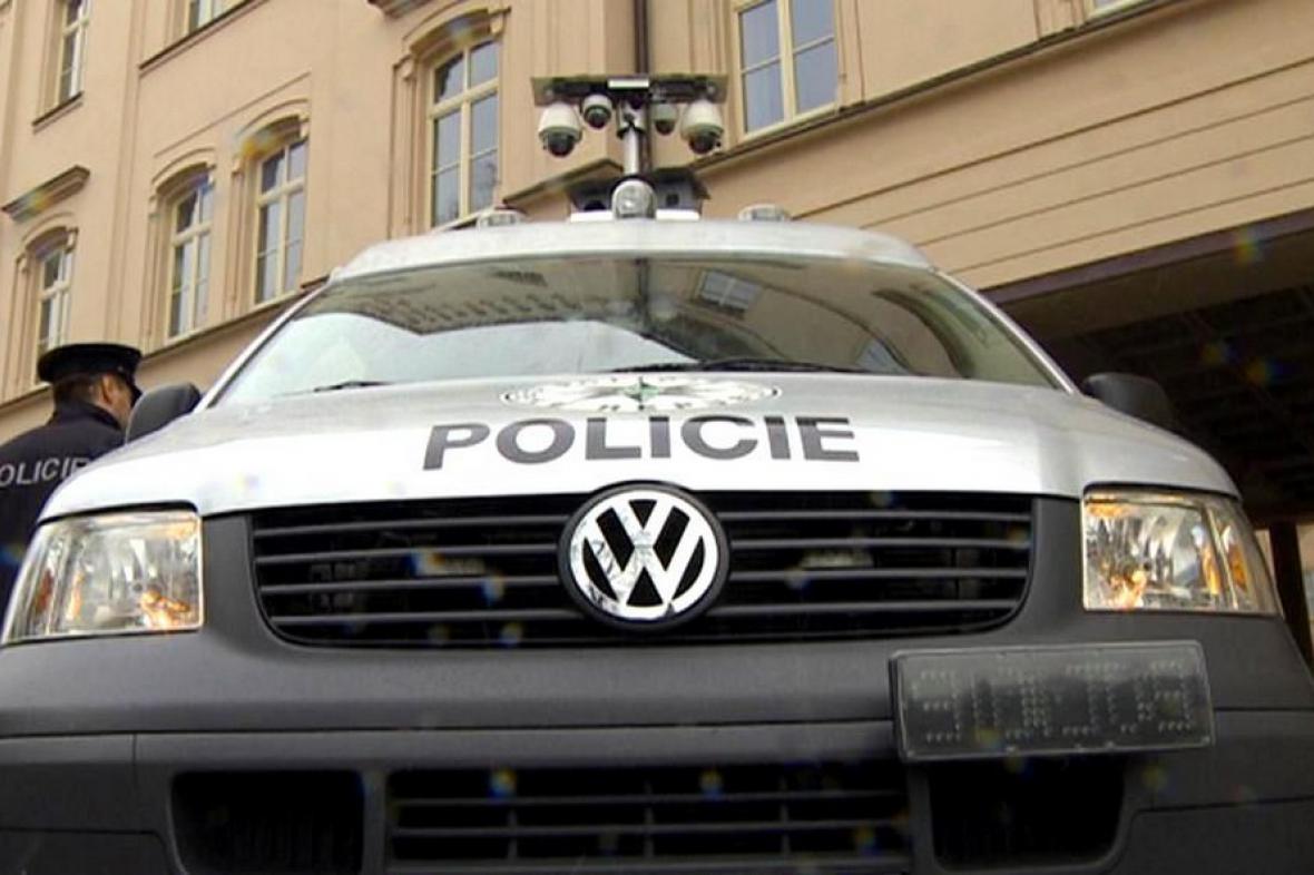 Monitorovací vůz pardubické policie