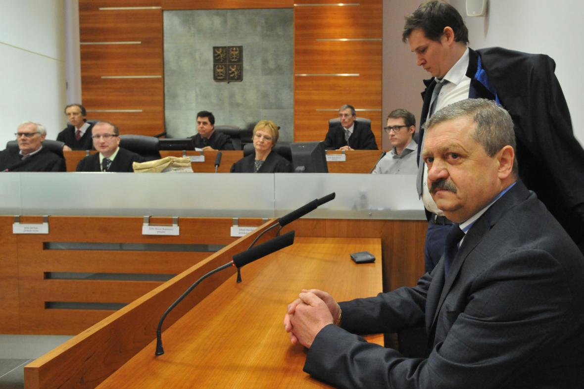 Nejvyšší správní soud rozhoduje o trestu pro žalobce Ladislava Kosána