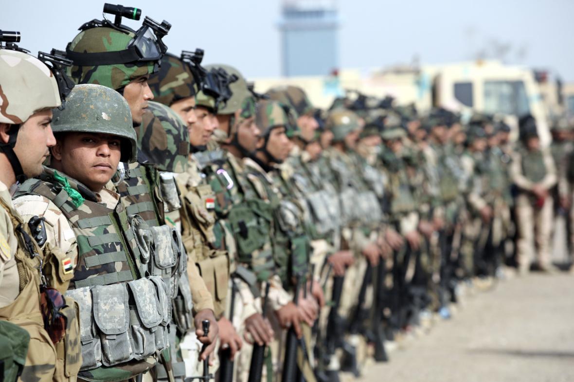 Iráčtí vojáci se chystají na znovudobytí Mosulu