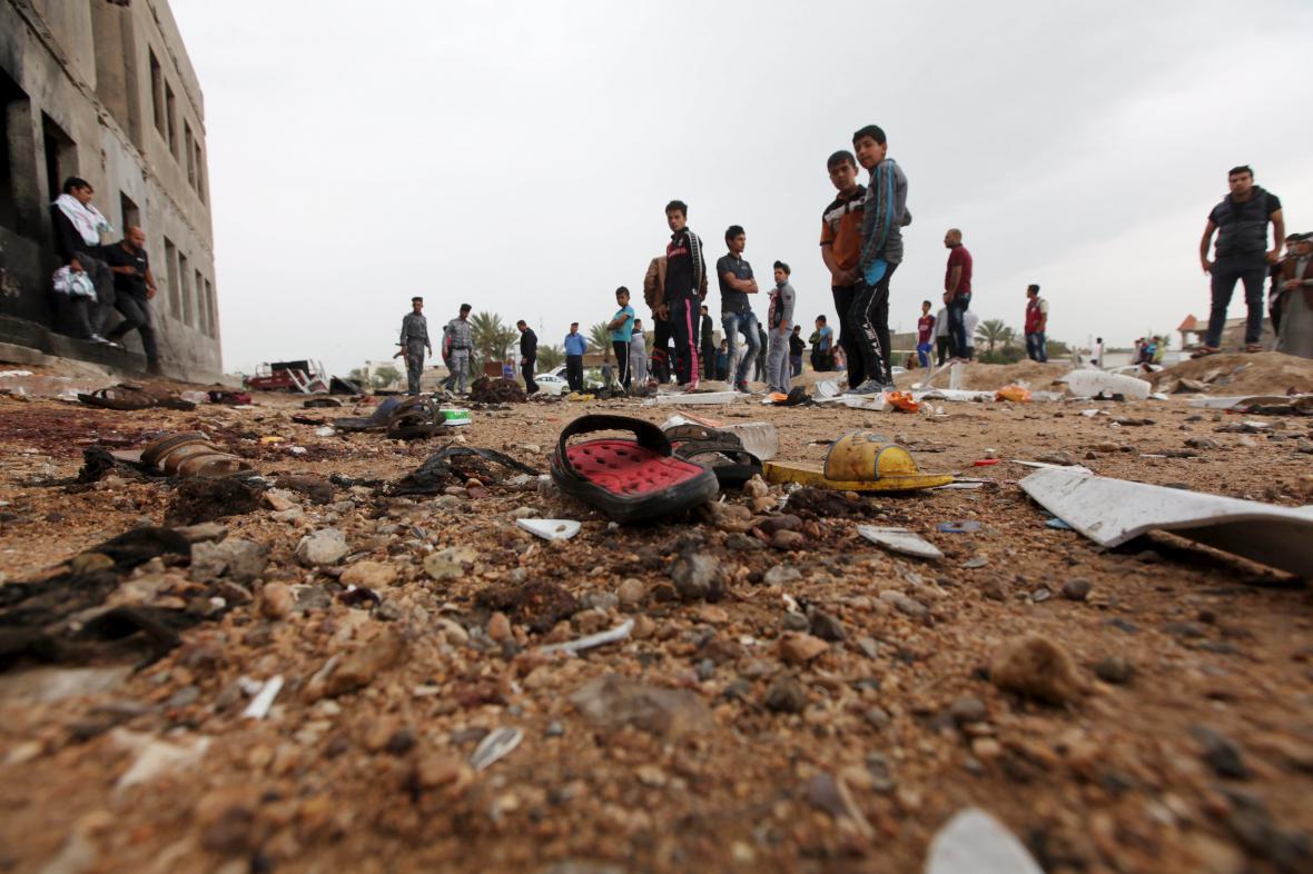 Islamisté útočili v Iráku na fotbalovém utání