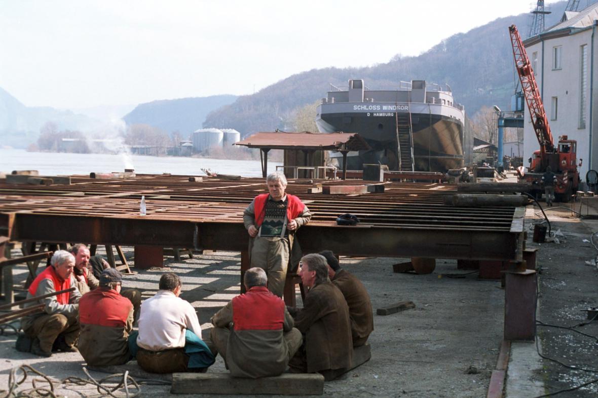 Ukrajinští dělníci v loděnici