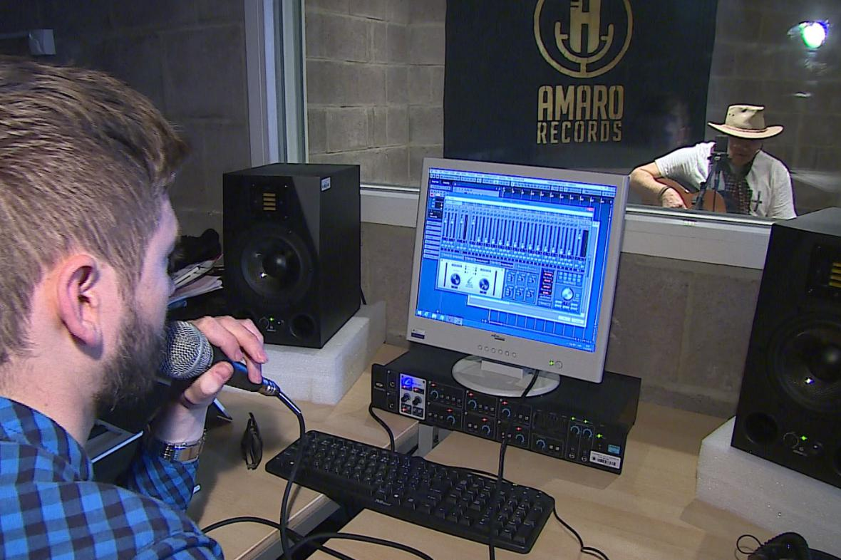 Komunitní nahrávací studio v Brně