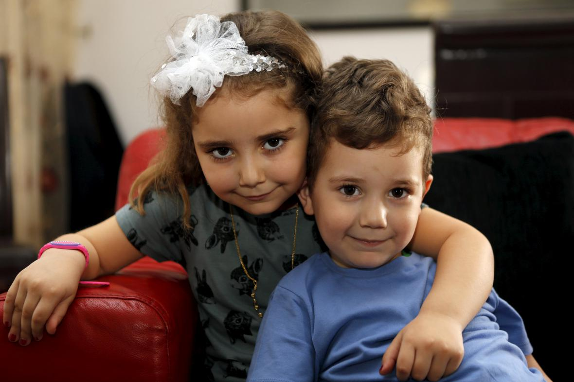 Děti Sally Faulknerové a Alího Amína