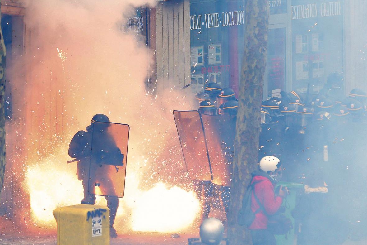 Protesty proti novému zákoníku práce
