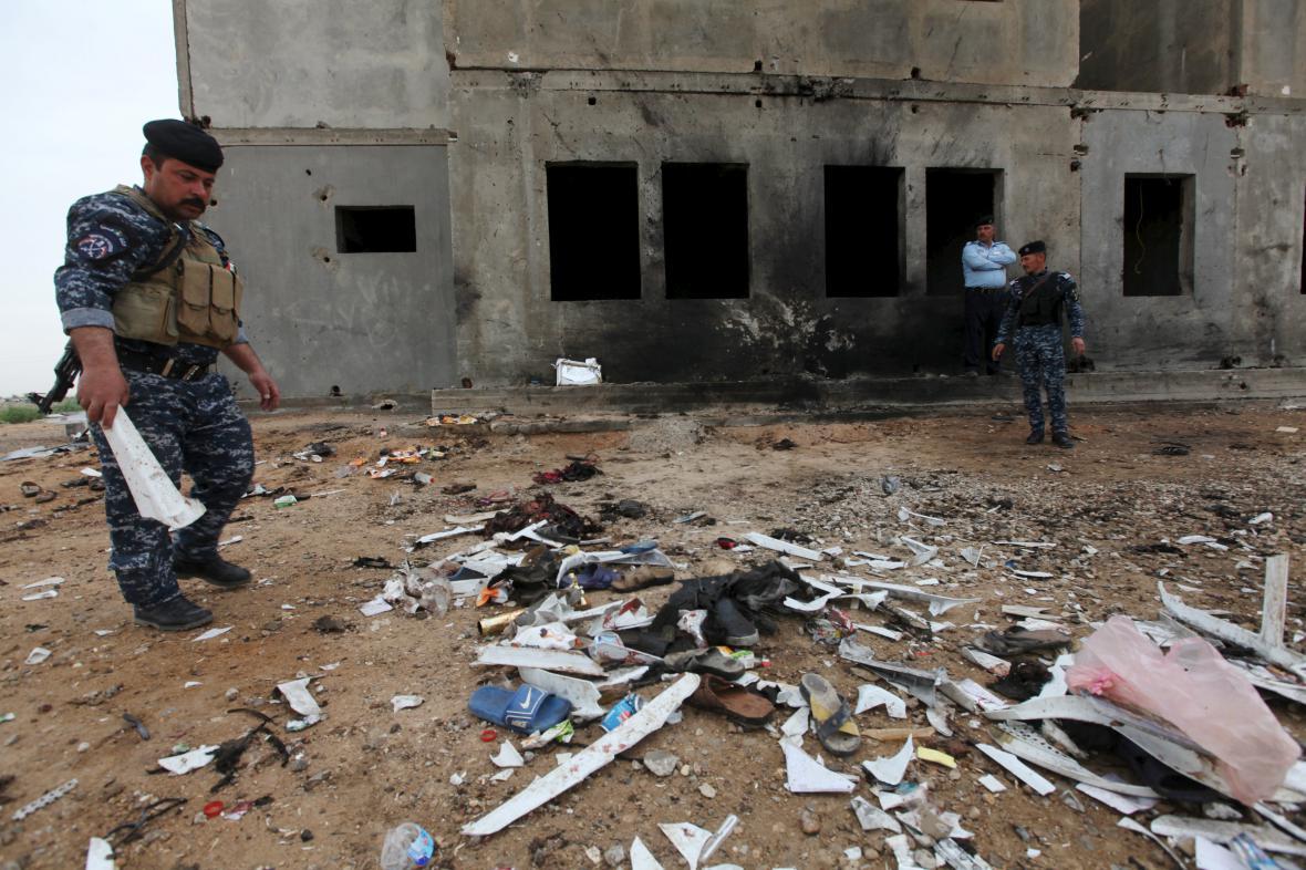 Místo atentátu v jednom z iráckých měst