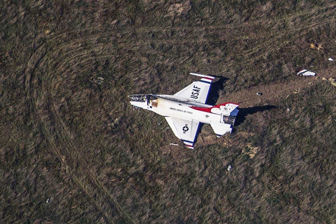 Havarovaný letoun Thunderbird