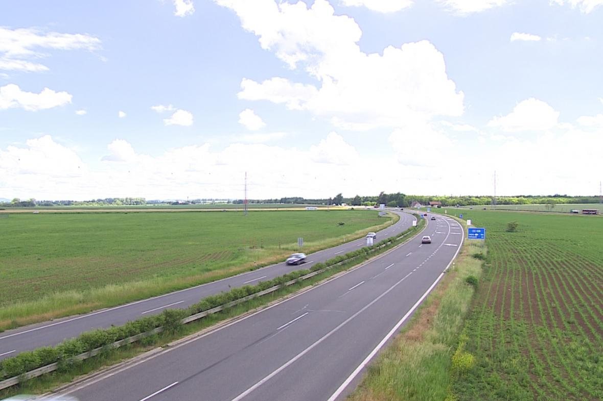 Dálnice do Vídně zatím končí u Pohořelic