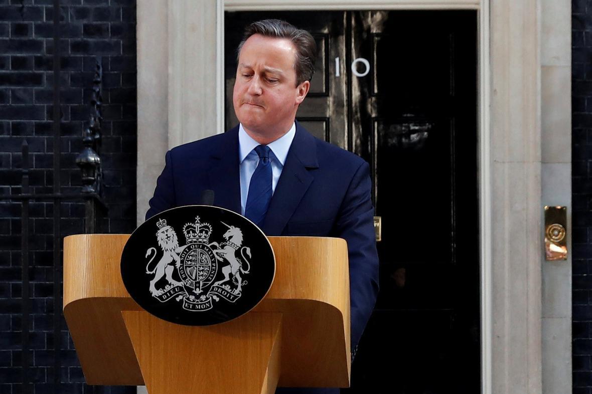 David Cameron oznamuje svůj odchod