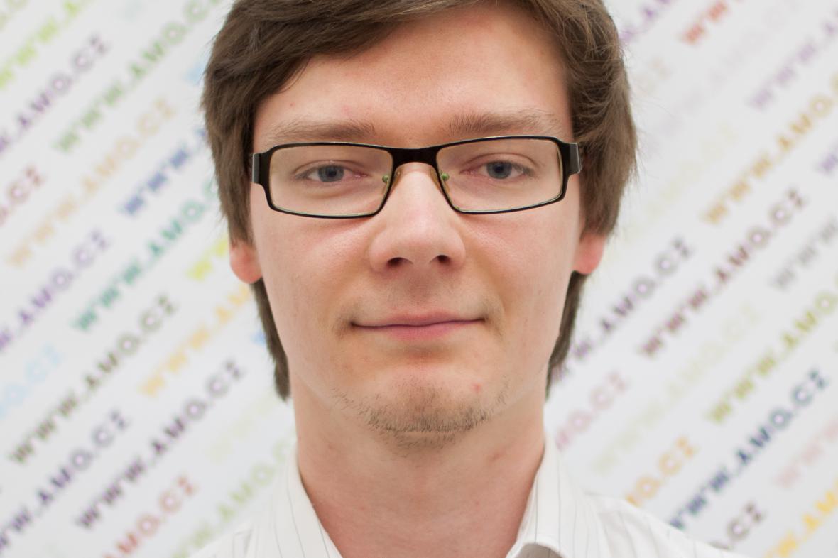 Analytik Výzkumného centra AMO Jakub Kufčák