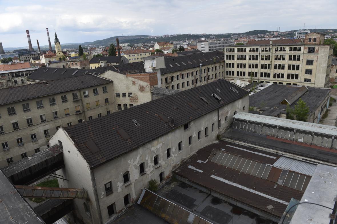 Demolice bývalé textilky skončí letos na podzim
