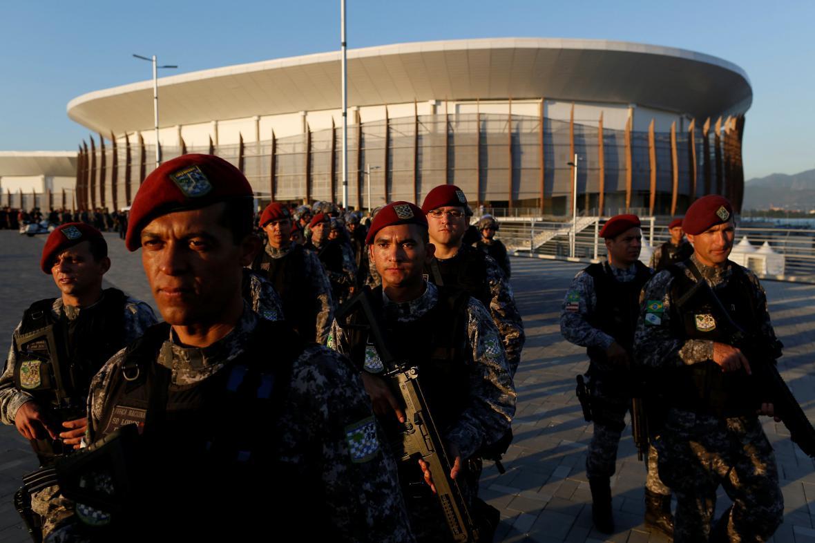 Jednotky Národní veřejné bezpečnosti hlídají prostory Olympijského parku v Riu