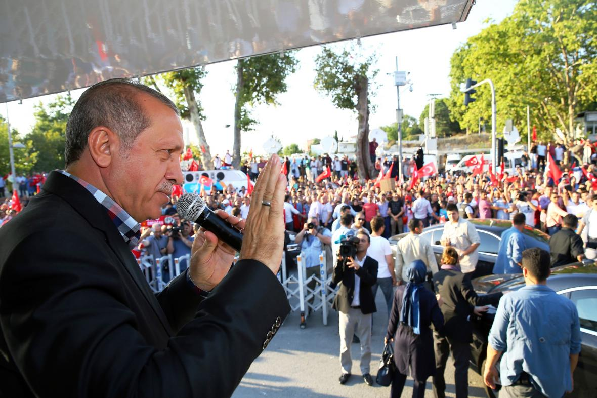 Prezident Erdogan během projevu v Istanbulu