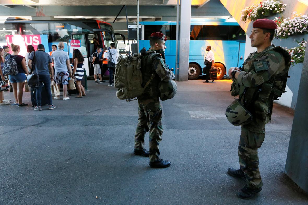 Bezpečnostní opatření ve Francii