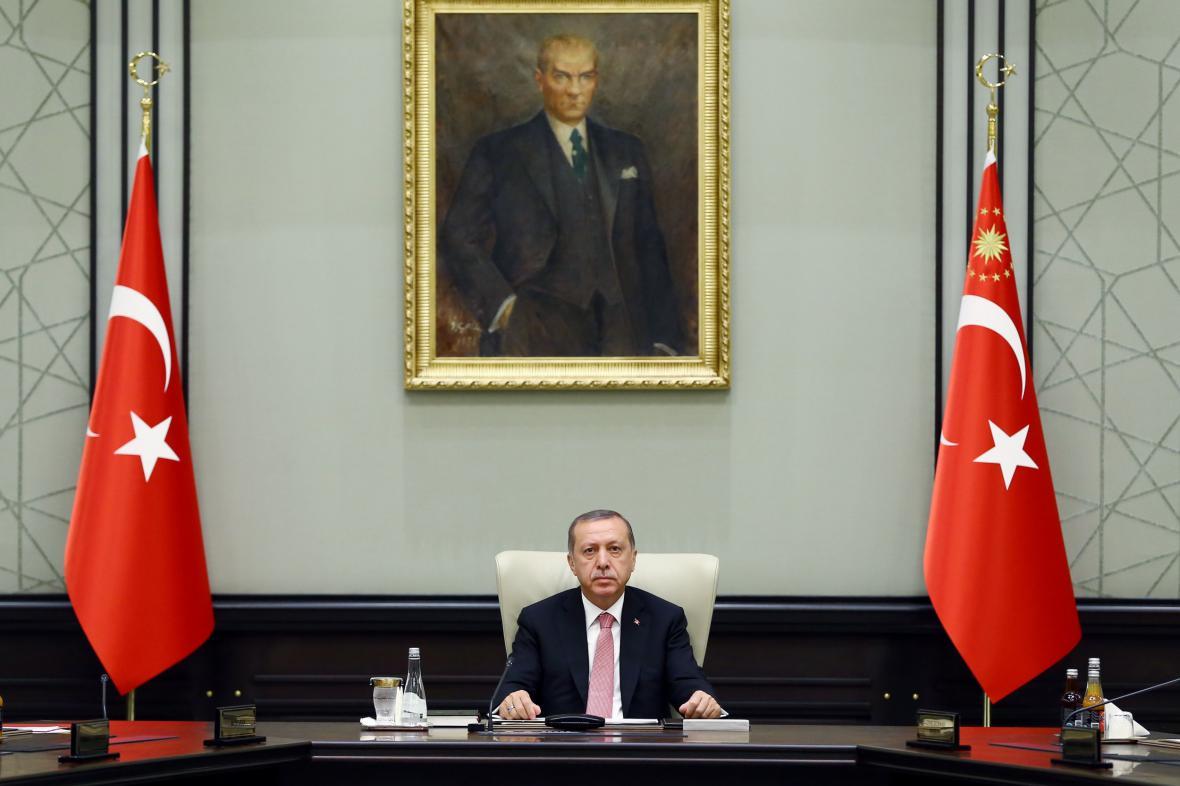Turecký prezident Recep Tayyip Erdogan na bezpečnostní schůzce