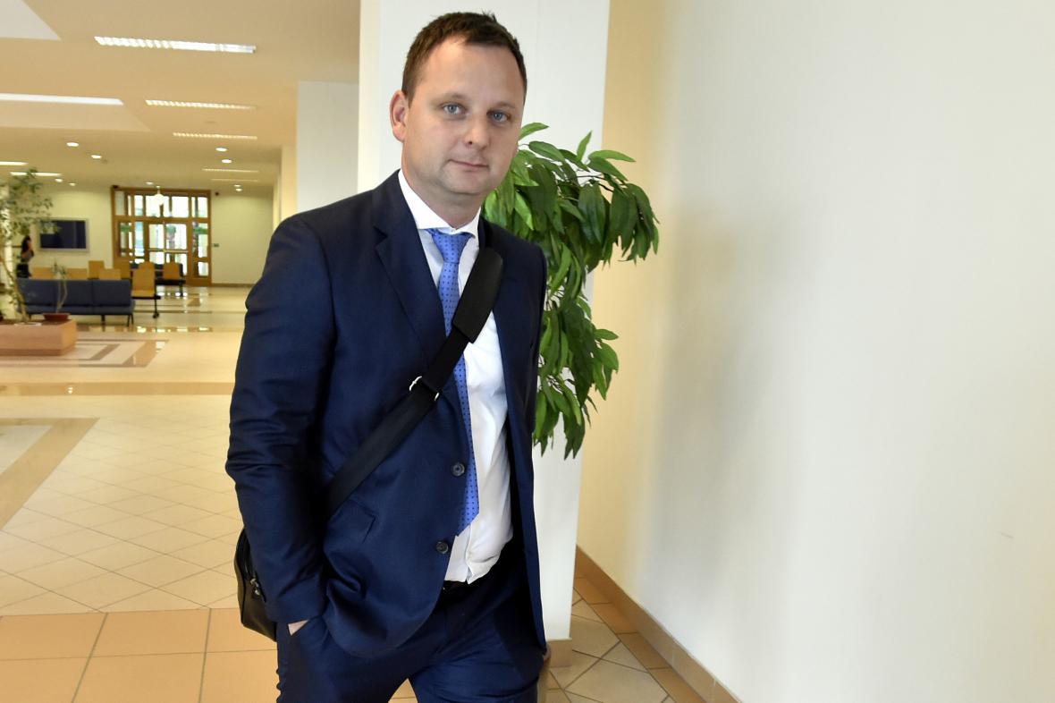 Nejvyšší trest navrhl státní zástupce Petru Kratochvílovi