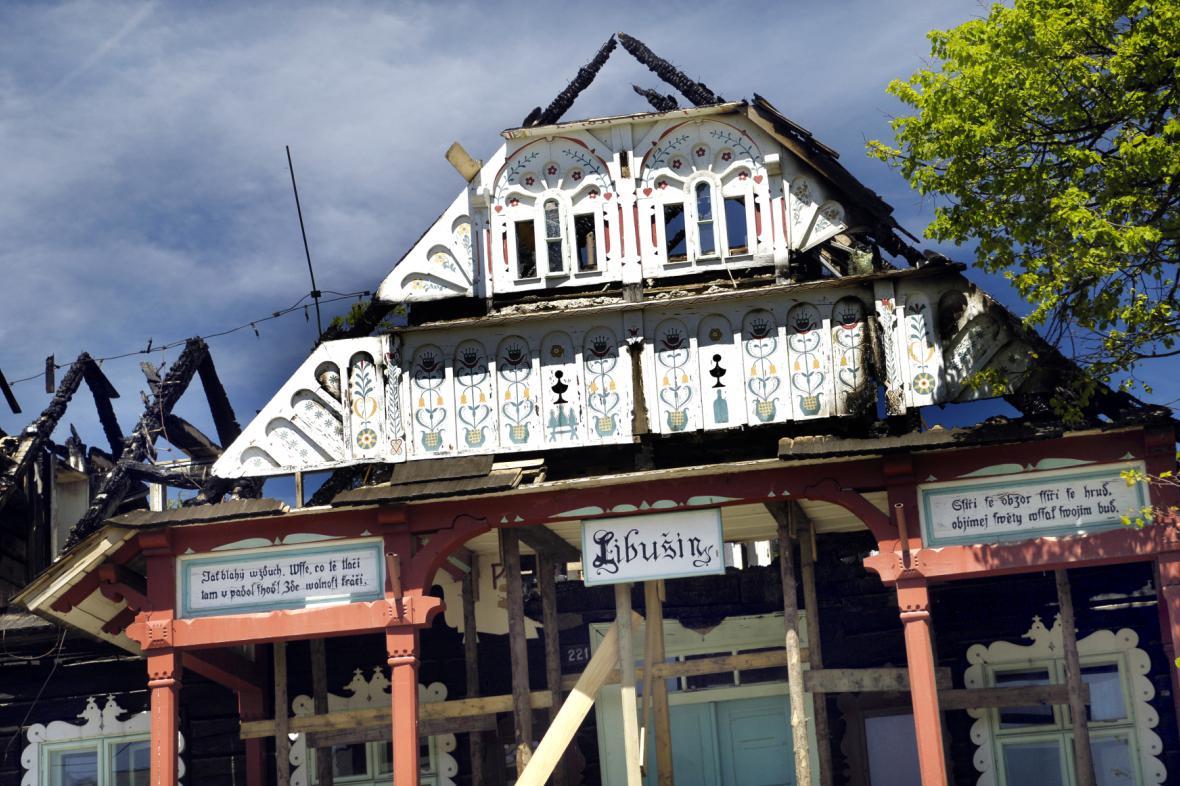 Vyhořelá chata Libušín