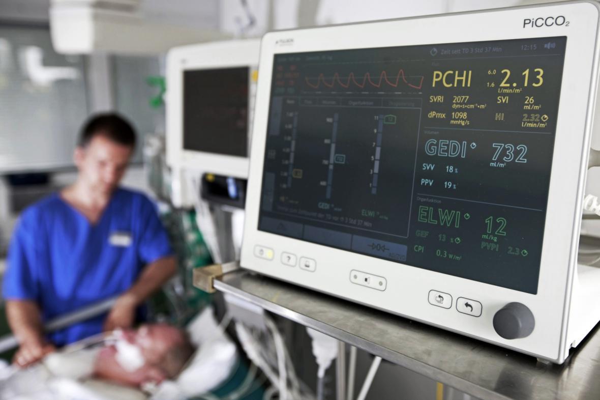 Přístroje v nemocnicích by měly díky brněnským vědcům lépe rozpoznat srdeční arytmii