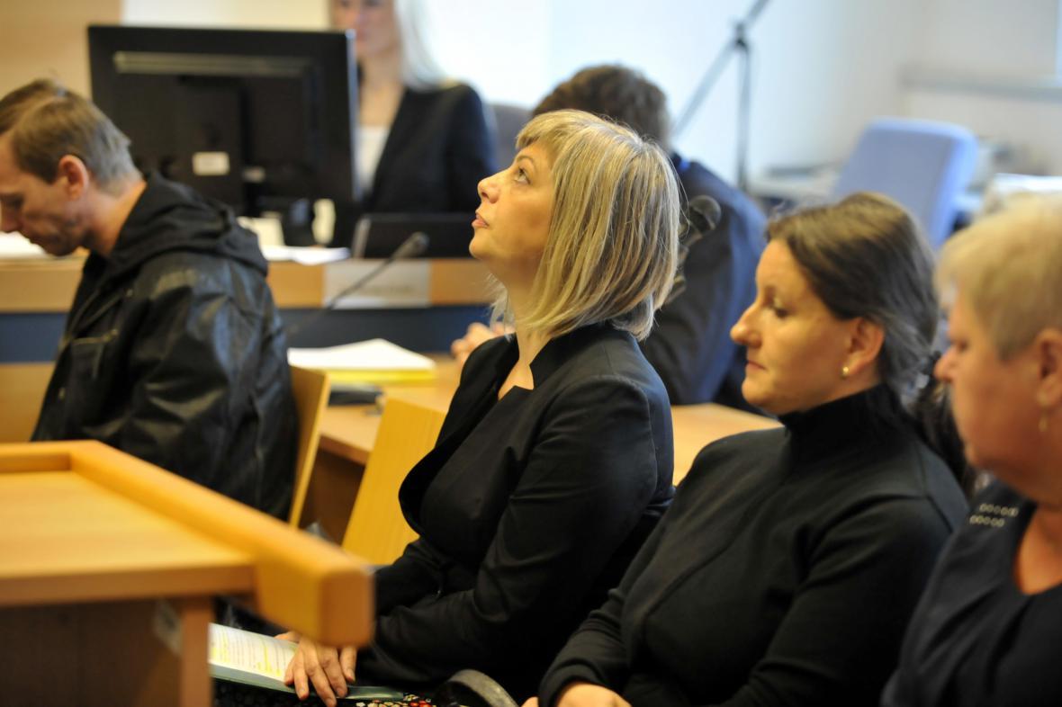 Úřednice tvrdí, že Macourkův podvod odhalily