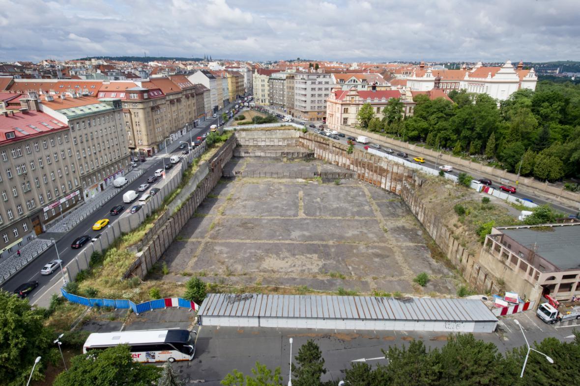 Místo, kde bude stát Palác Stromovka
