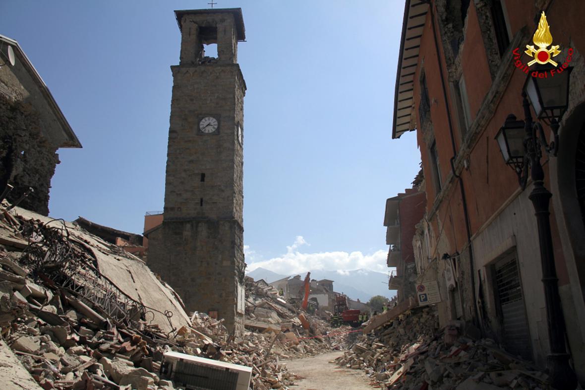 Městečko Amatrice po zemětřesení