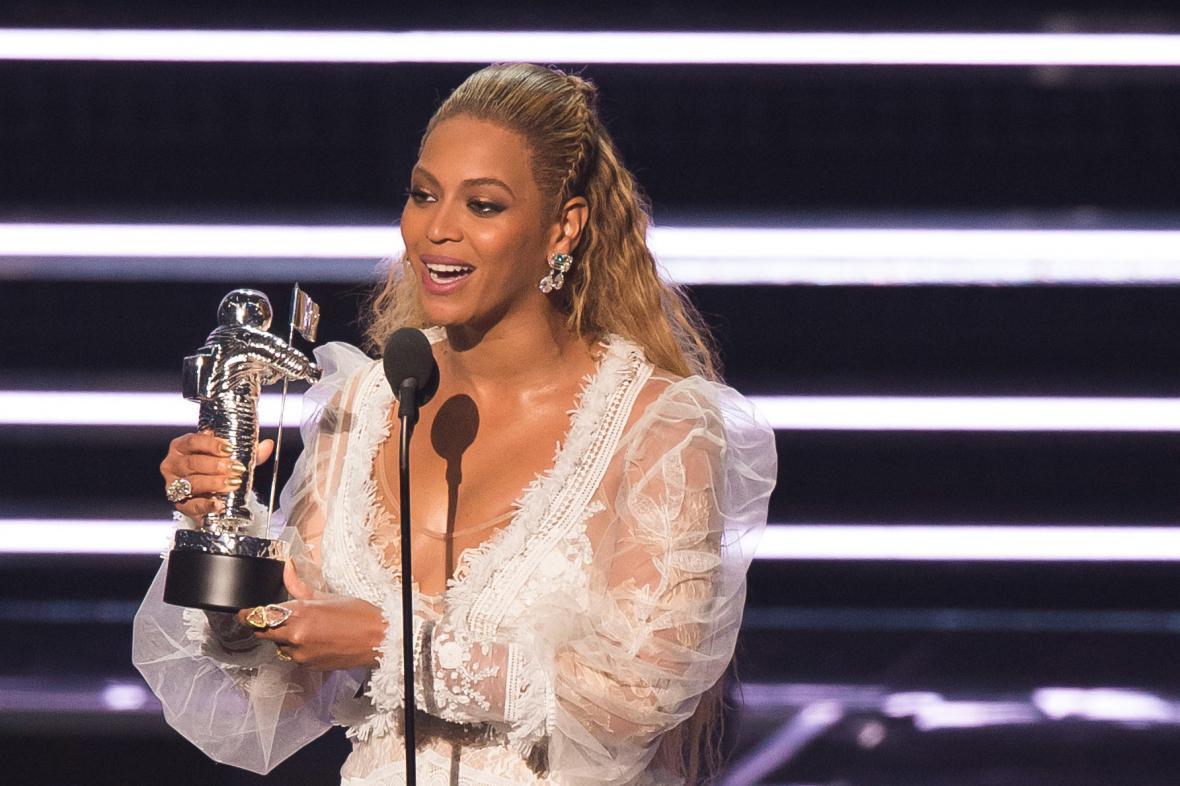 Beyoncé na cenách MTV
