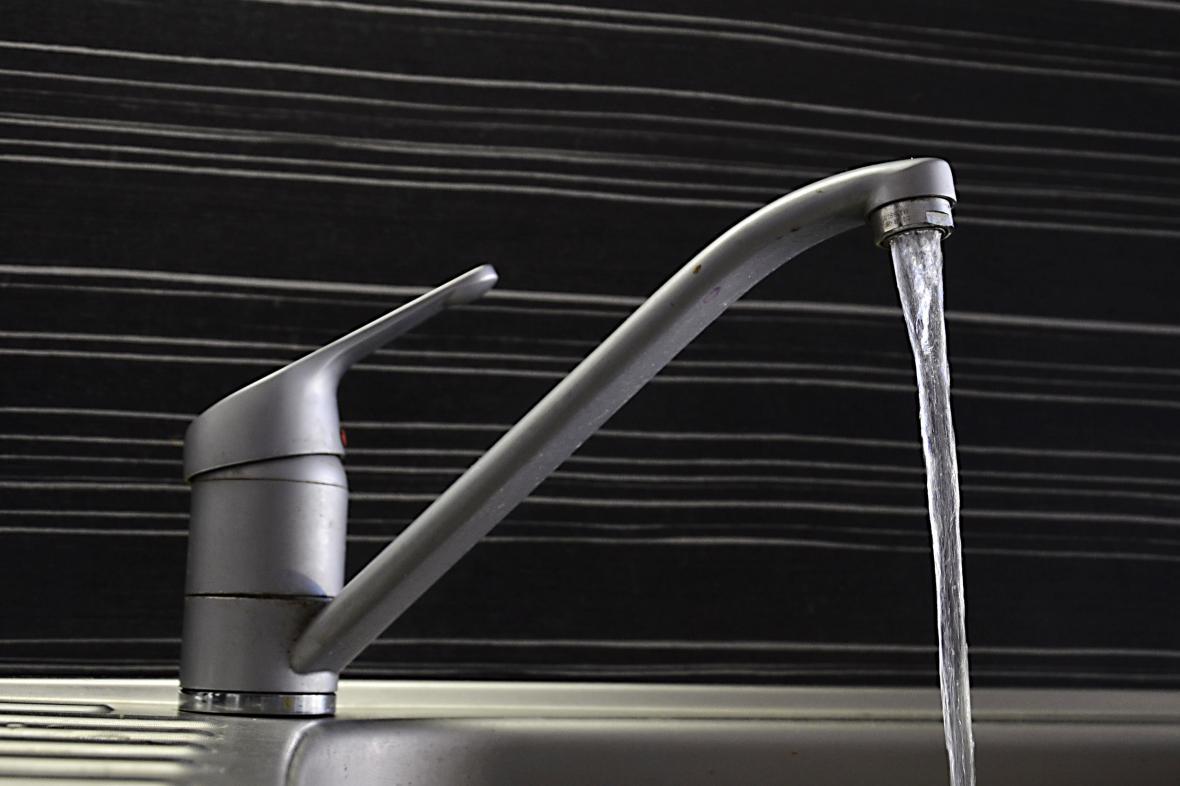 V Bukovanech se opakovaně zakaluje voda