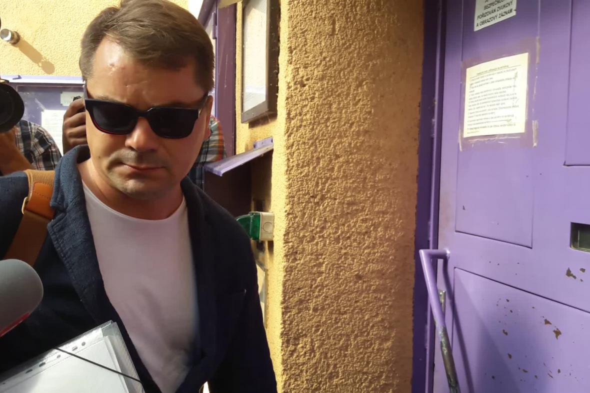 Marek Dalík nastupuje do vězení