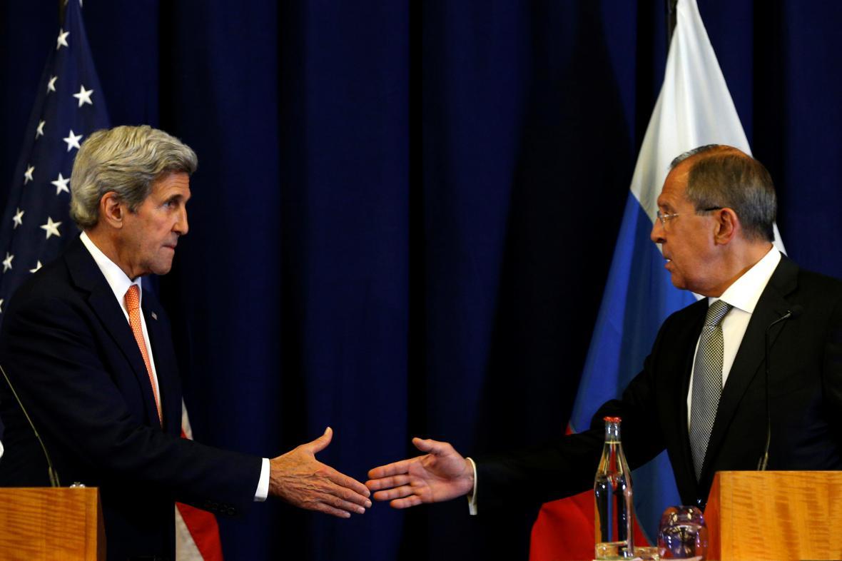 Kerry s Lavrovem načrtli podmínky pro příměří vlády a opozice