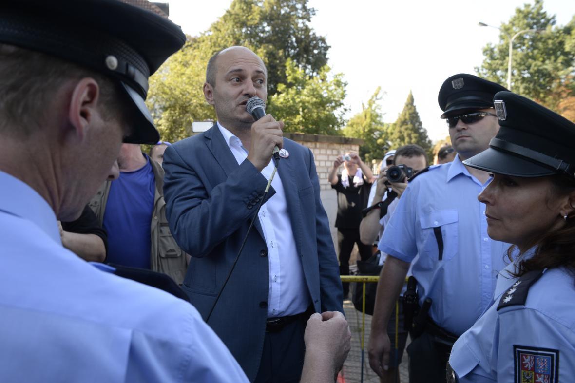 Martin Konvička a policisté