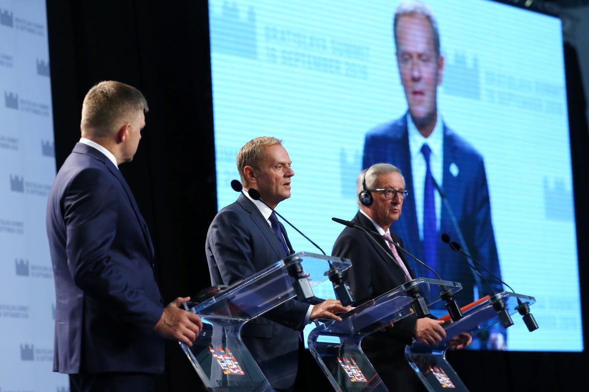 Donald Tusk na summitu EU v Bratislavě