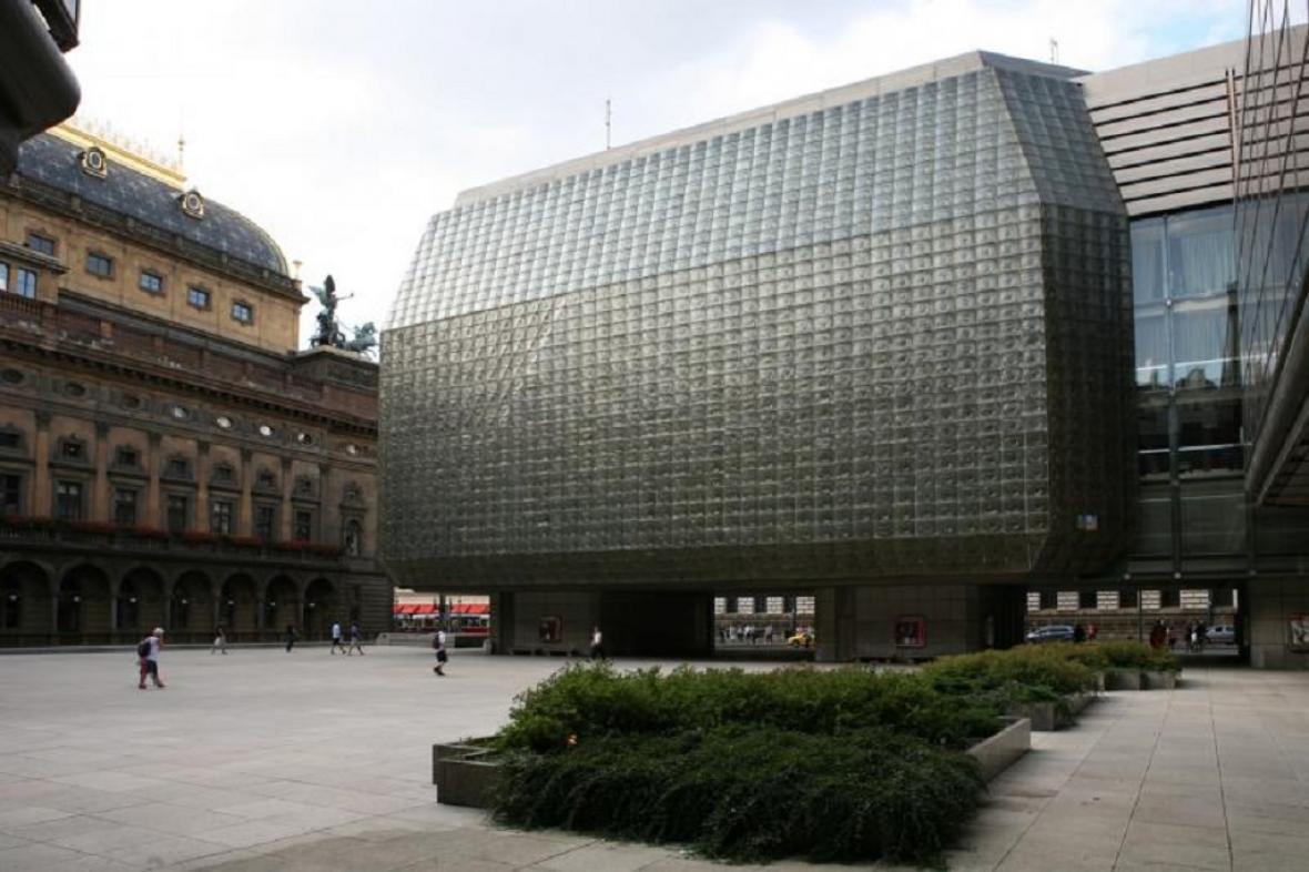 Piazzetta před Národním divadlem