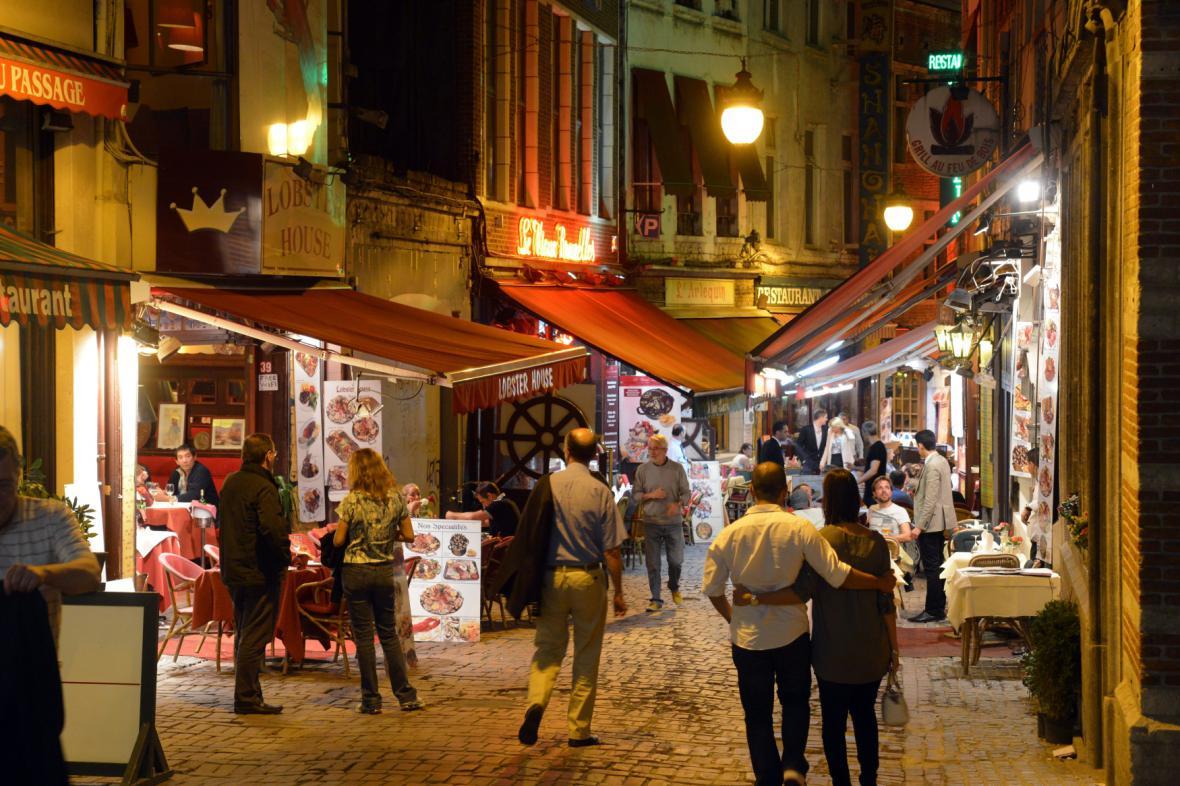 Jedna z uliček v centru Bruselu