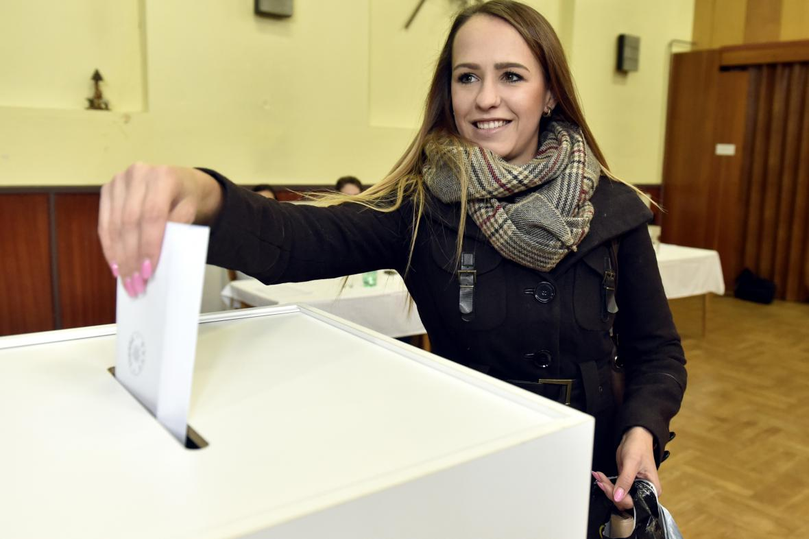 V Podolí na Uherskohradišťsku mají kromě krajských voleb i referendum o prodeji pozemků