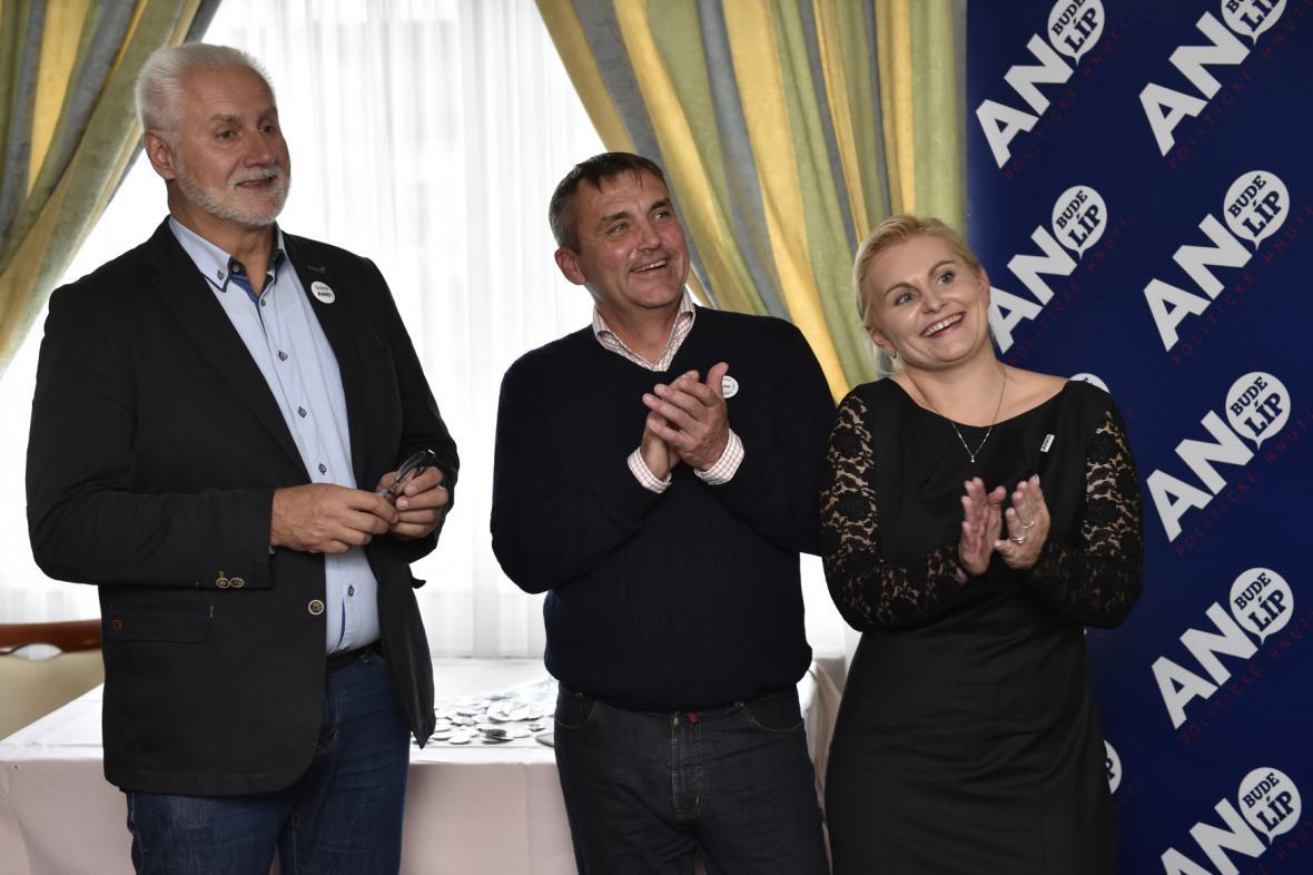 Členové vítězného hnutí Ano na jihu Moravy
