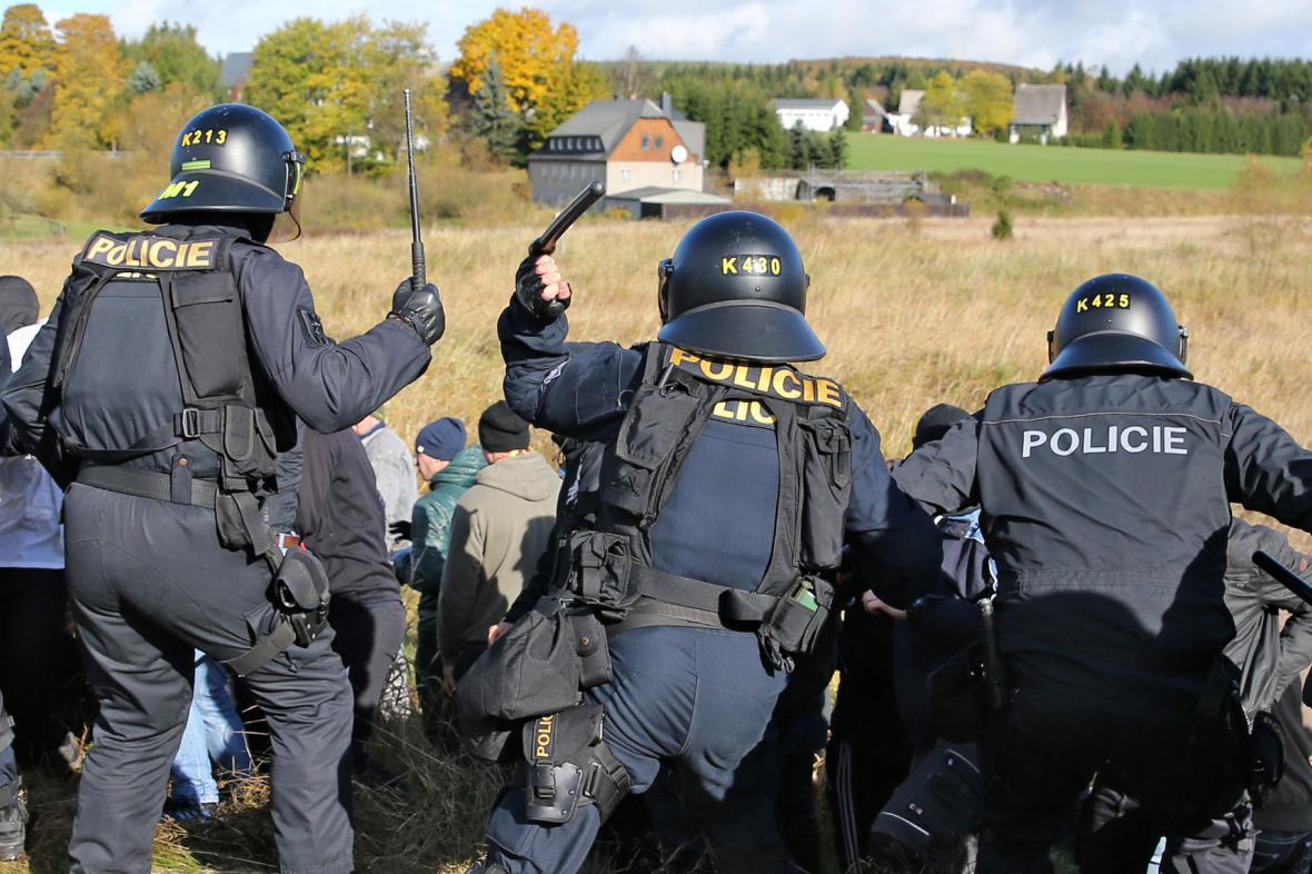 Policejní cvičení na česko-německé hranici
