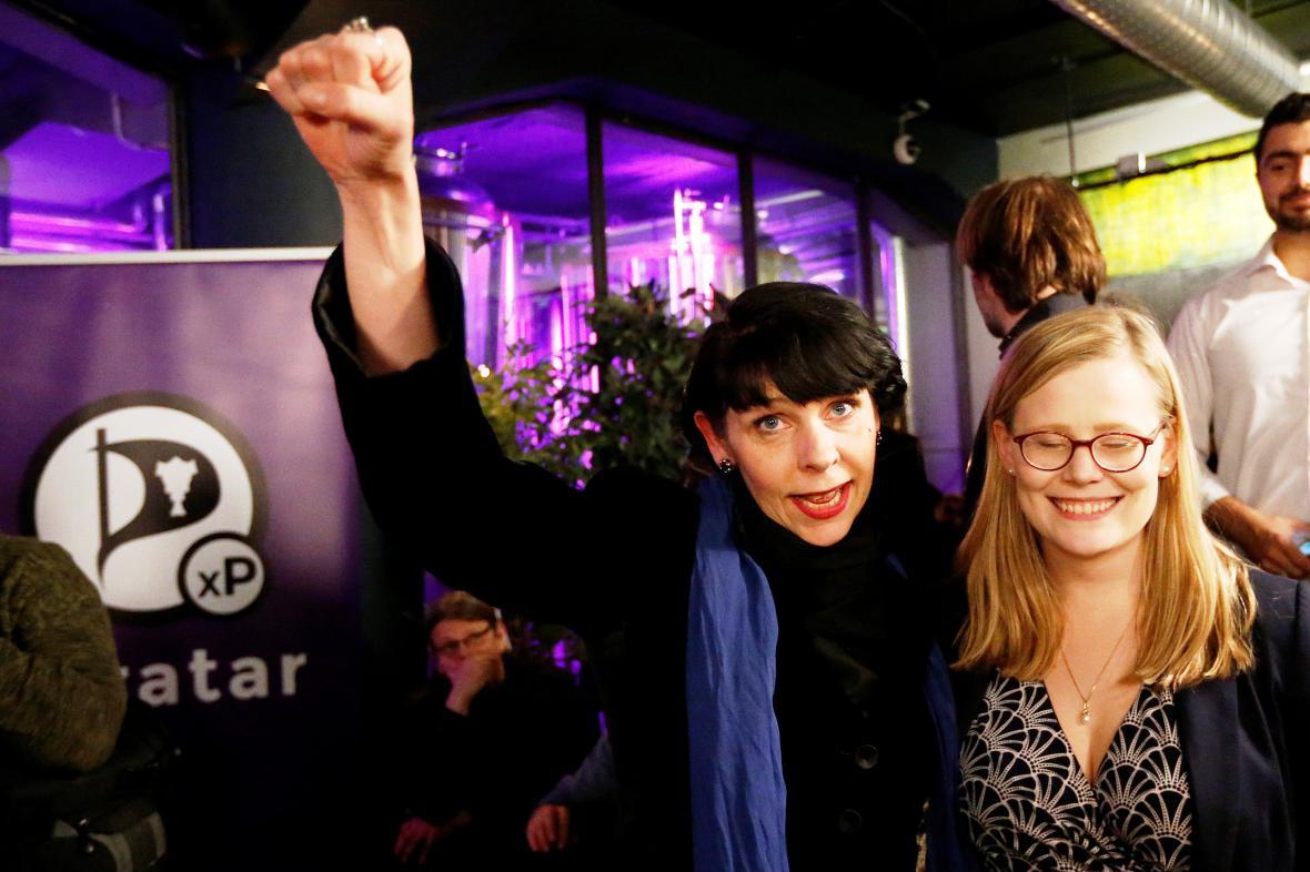 Piráti na Islandu slaví volební úspěch