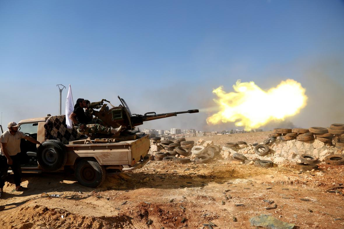 Vojenské jednotky syrských opozičních sil. Ilustrační foto
