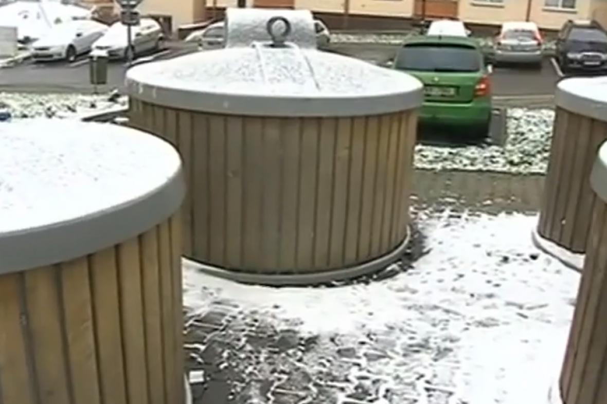 Částečně podzemní kontejnery s čipy ve Valašském Meziříčí