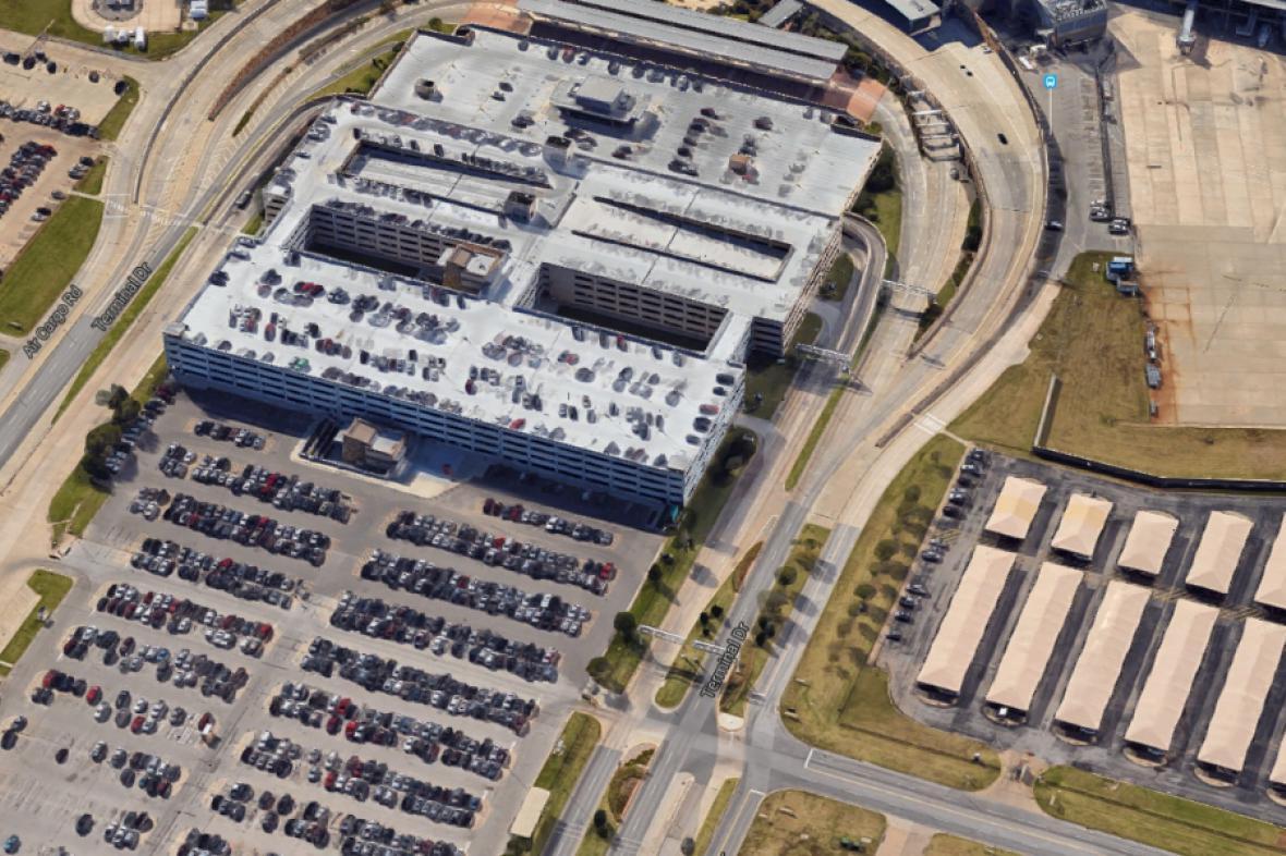 Parkoviště u letiště Will Rogers World Airport